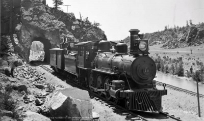 Which president signed the Interstate Commerce Act, which let the government regulate railroads and other kinds of transportation?